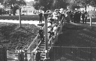 Gladstone Park, London - Crossing the Dudding Hill Line in late Victorian times, near the eastern end of the now-closed Dudding Hill railway station, and at the western end of Gladstone Park
