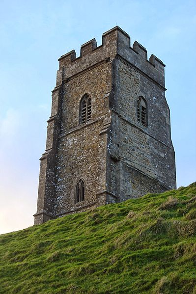 File:Glastonbury Tor Evening 4.JPG