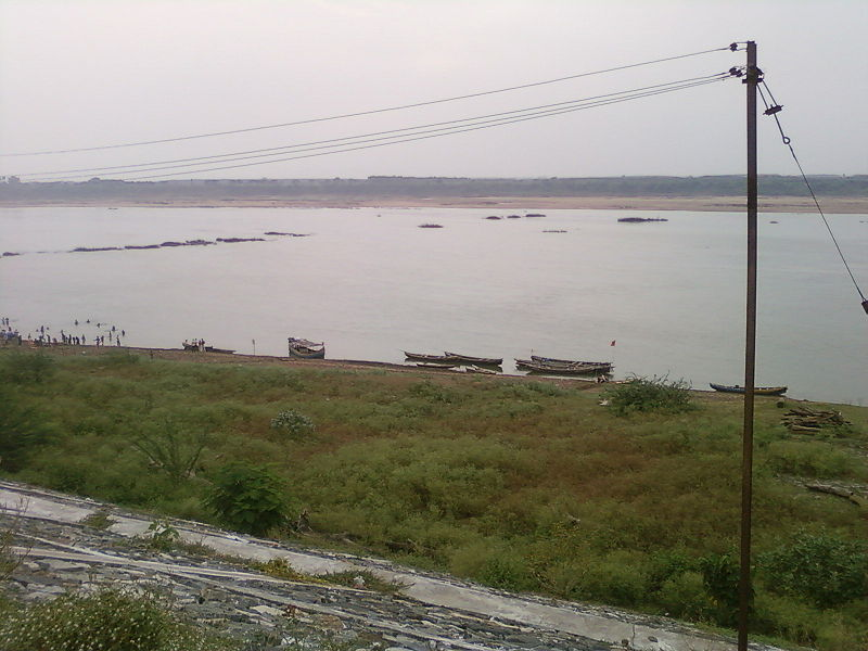 File:Godavari at Bhadrachalam.jpg