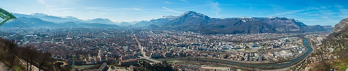 Grenoble - Vue panoramique printemps.jpg