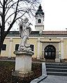 GuentherZ 2011-02-19 0039 Laab im Walde Statue Johannes Nepomuk.jpg