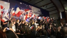 Fichier:Hénin-Beaumont - Marine Le Pen au Parlement des Invisibles le dimanche 15 avril 2012 (E).ogv