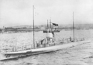 British J-class submarine - Image: HMAS J5 (AWM H12462)