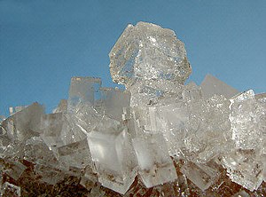 Alkali metal halide - Halide is the mineral form of sodium chloride.