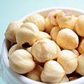 Hazelnuts (16759909450).jpg