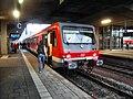 Heidelberger Hauptbahnhof- auf Bahnsteig zu Gleis 3- Richtung Bruchsal bzw. Neckargemünd (RE 928 316) 26.3.2009.JPG