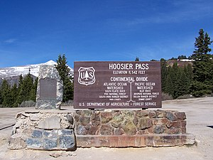 Hoosier Pass - The U.S. Department of Agriculture's Forest Service sign at Hoosier Pass, May 29, 2006