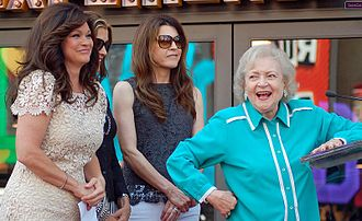 Hot in Cleveland - Valerie Bertinelli, Wendie Malick, Jane Leeves, and Betty White in August 2012