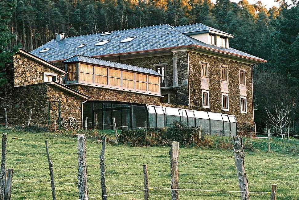 Hotel de naturaleza a via láctea, A Barqueira, Cerdido