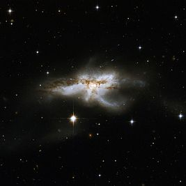Hubble Interacting Galaxy NGC 6240 (2008-04-24).jpg