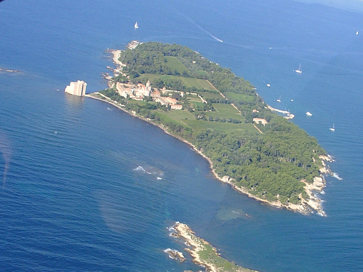 Isola di sant 39 onorato wikipedia for Isola di saint honore caraibi
