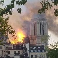Incendie de Notre-Dame-de-Paris 15 avril 2019 13 crop.jpg