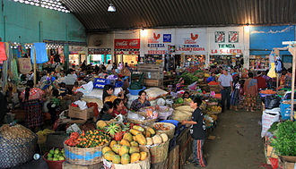Zunil - Image: Indoor market zunil guatemala