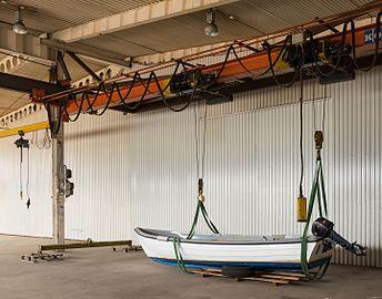 Indoor portal crane with small boat 1.jpg