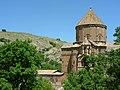 Insel Akdamar Աղթամար, armenische Kirche zum Heiligen Kreuz Սուրբ խաչ (um 920) (26550949518).jpg