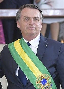 Jair Bolsonaro em sua posse.jpg