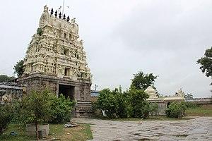 Jalantheeswarar Temple - Image: Jalandeeswarar temple, Thakkolam (6)