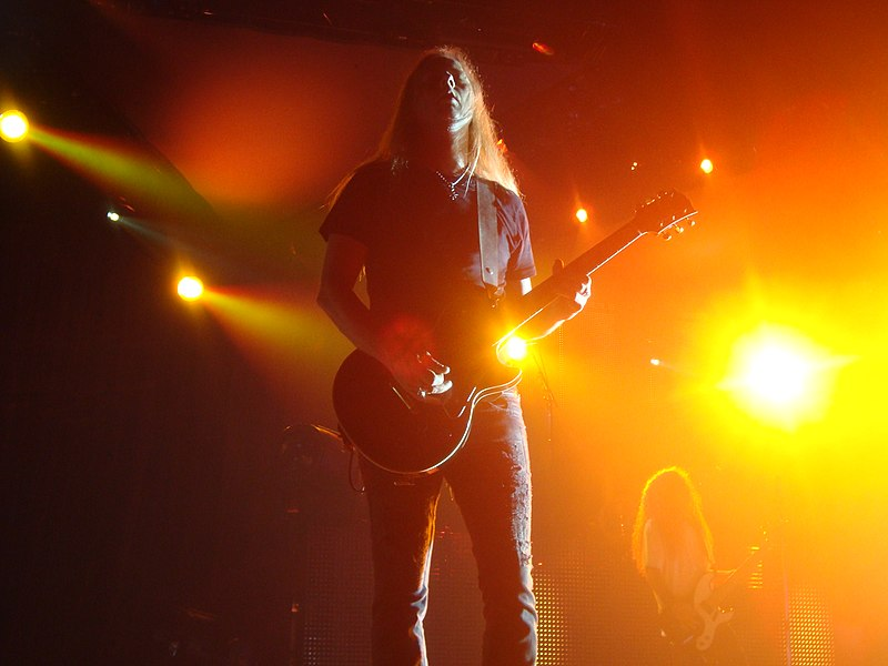 Jerry Cantrell 2010.jpg