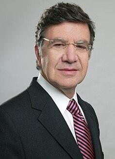 Joaquín Lavín Chilean politician