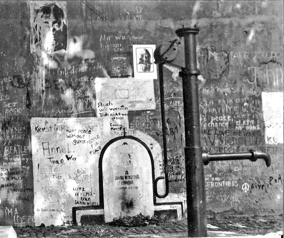 John Lennon - Prag - 1981