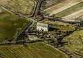 Källa gamla kyrka från luften.jpg