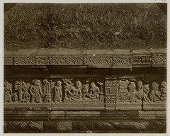 KITLV 28269 - Isidore van Kinsbergen - Relief on the east side of Panataran, Kediri - 1867-02-1867-06.tif