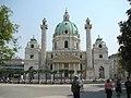 Karlskirche Wien (Frontalansicht).jpg