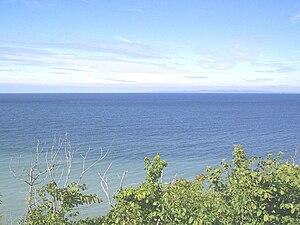 Blick von Nakkehoved Fyr nach Nordosten in Richtung Kullen: Zur Linken das Kattegat, zur Rechten der Øresund