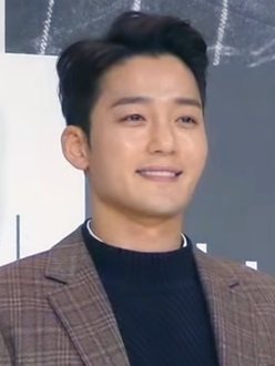 Kim Jin-woo in Dec 2018.png