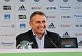 Klaus Allofs - Pressekonferenz Vorstellung Luiz Gustavo VfL Wolfsburg.jpg