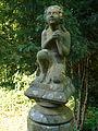 Koeln-Niehl Hermesgasse FriedhofFigurenstele(2).jpg