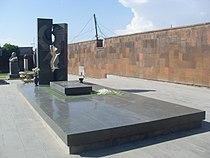 Komitas Pantheon, Yerevan, Karen Demirchyan Grave 02.JPG