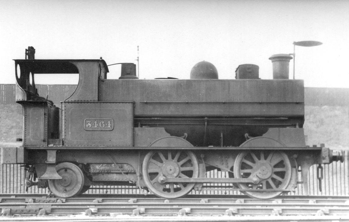 1200px-LNWR_engine_No.3464,_317_Class.jp