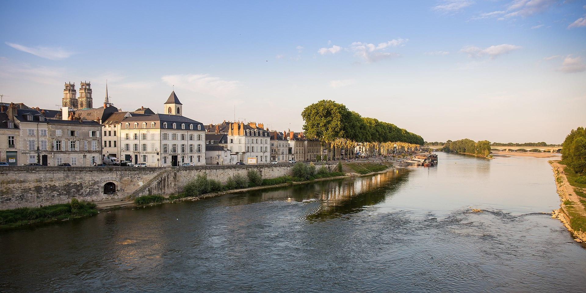 La Loire à Orléans.jpg