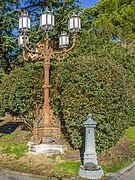 Lampione e fontanina Piazzale Arnaldo Brescia.jpg