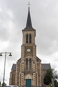 Le Genest-Saint-Isle - Église Saint-Sulpice 01.jpg