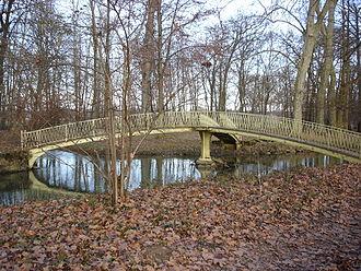 Multi-way bridge - Image: Le pont à 3 branches Pont de Veyle