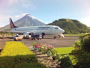 Legazpi Airport - A Philippine Airlines Boeing 737-300 at Legazpi Airport
