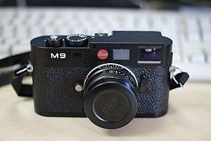 Leica M9 - Image: Leica M9 Front