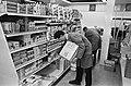 Lelystad bijna gereed. Een supermarkt wordt ingericht, Bestanddeelnr 920-7403.jpg