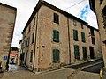 Leuc (Aude), immeuble rue de la Sabatière.jpg