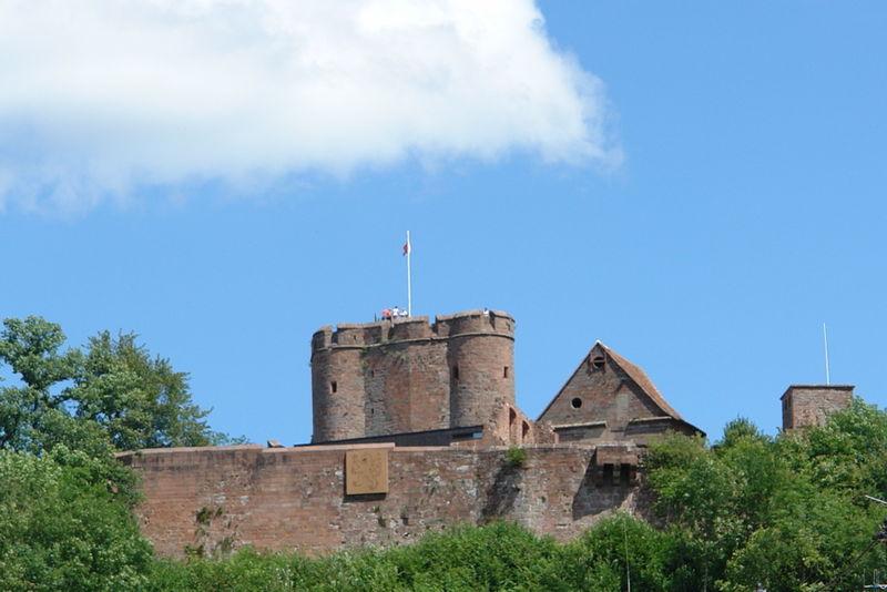 Burg Lichtenberg bei Lichtenberg (Elsass) - Château de Lichtenberg