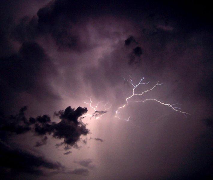 Image:Lightning02.jpg