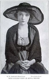 Lillian Gish - Project Gutenberg eText 16959.jpg