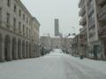 Limoges Rue de la Cathédrale sous la neige.jpg