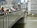 London Bridge - geograph.org.uk - 494020.jpg