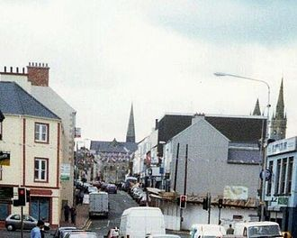 Omagh bombing - Lower Market Street, site of the bombing, 2001. The courthouse is in the background