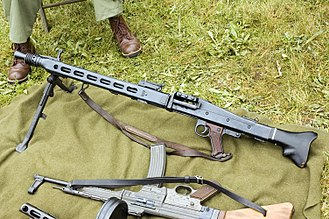 General-purpose machine gun - Image: MG42 1