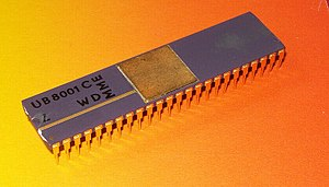 Zilog Z8000 - Image: MME UB8001C 1