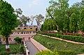 Mahabodhi Temple Complex, Bodhgaya (8717523986).jpg